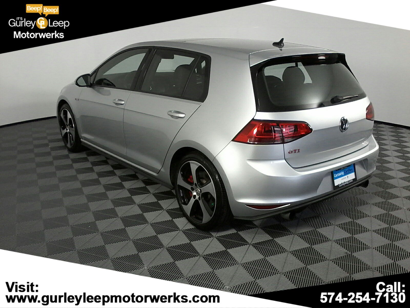 Certified Pre-Owned 2017 Volkswagen Golf GTI SE